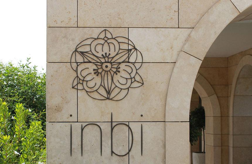 Costa Navarino Typography: Inbi Logo
