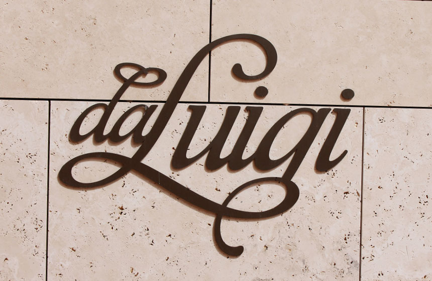 Costa Navarino Typography: Da Luigi Logo